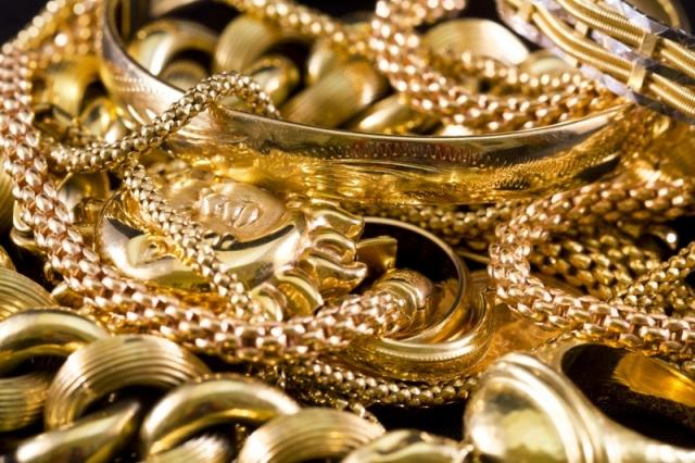 Goldschmuck als Geschenk und Geldanlage