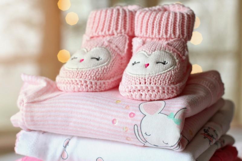Tipps zum Babykleidung reinigen von Muttermilch