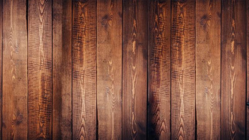 Fettflecke auf Holzmöbel und Holz entfernen