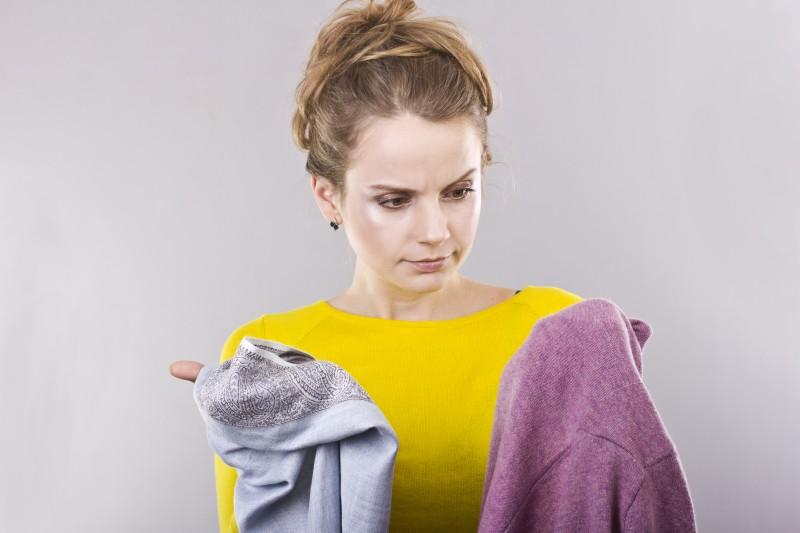 Deoflecke aus der Kleidung entfernen
