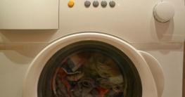 Stinkende Waschmaschine & müffelnde Wäsche vermeiden