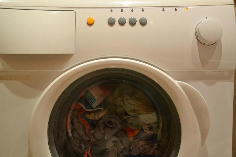 waschmaschine und w sche sollen duften und nicht m ffeln. Black Bedroom Furniture Sets. Home Design Ideas