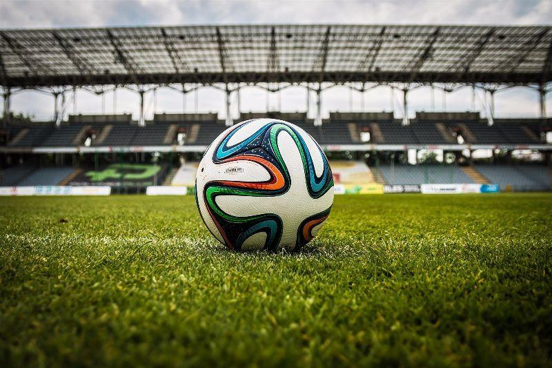 12 Alternativen für Frauen zum Fußball gucken