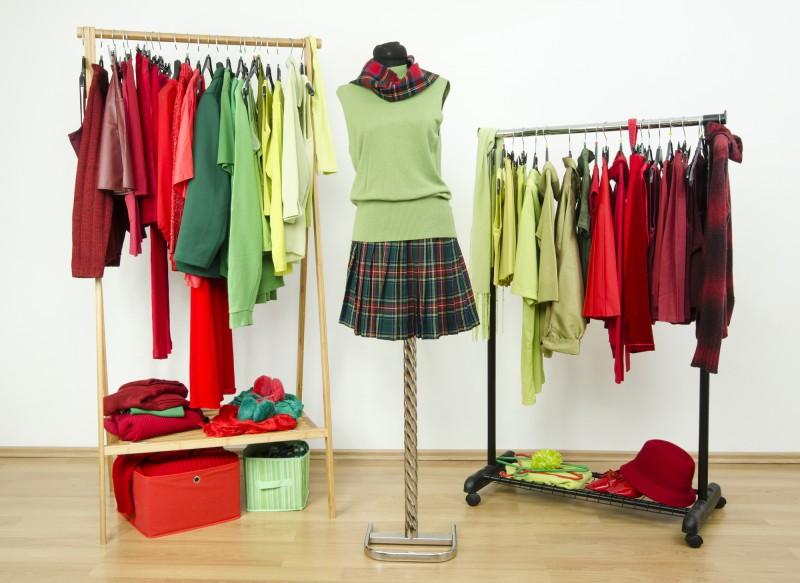 Attraktiver wirken mit sexy Kleidung & tollen Farben