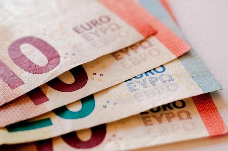 Kleinkredite und schnelle Hausfrauenkredite